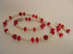 Rubiner och Pärlor med örhängen